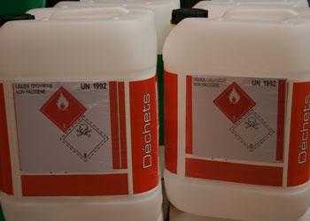 Wir kümmern um uns um die richtige Entsorgung Ihrer Chemikalien.