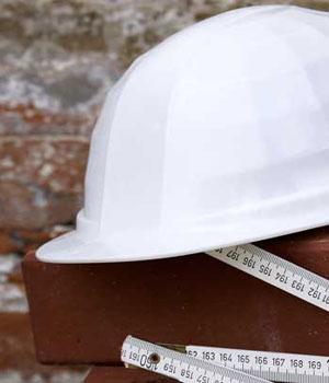 Sicherheit am Arbeitsplatz ist Pflicht. Wir kümmern uns darum!